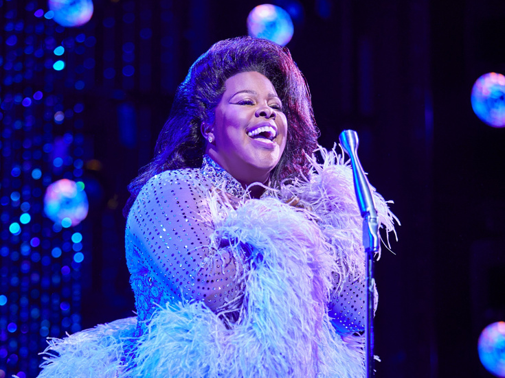 Amber Riley in Dreamgirls, cr: Brinkhoff & Mogenburg